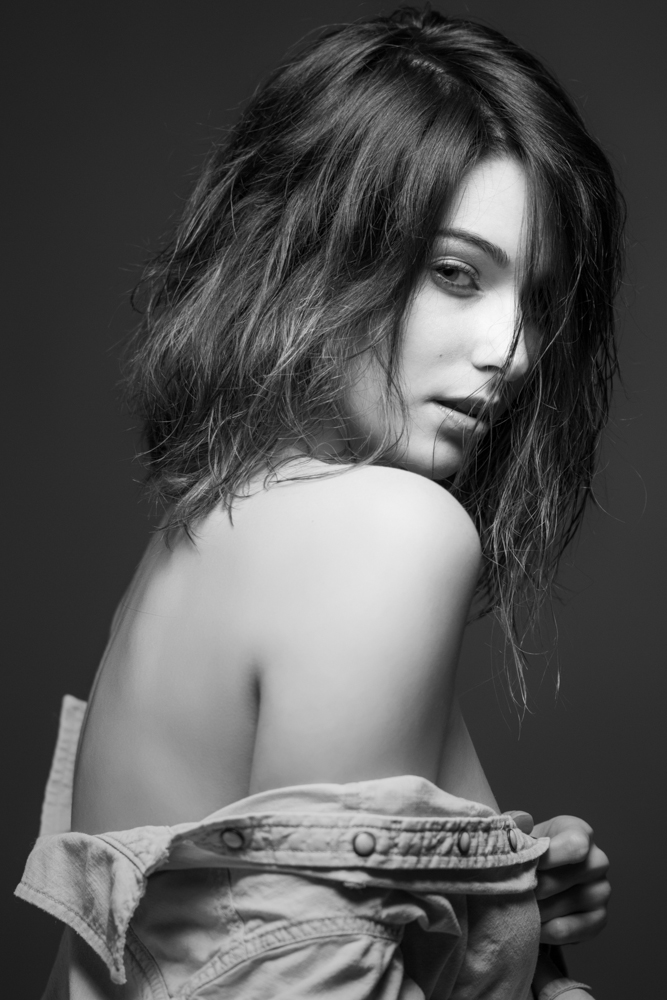 Chic & Sultry by Bang Nguyen
